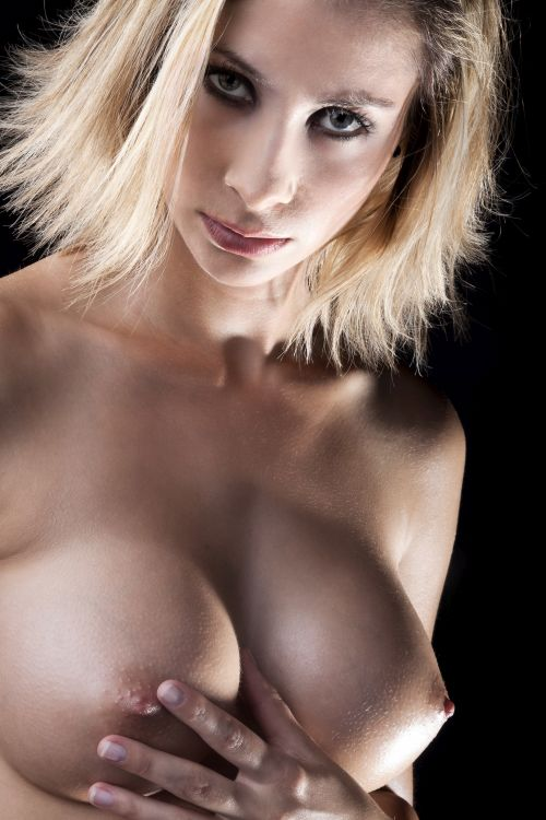 Hot Hamilton girl with big breasts