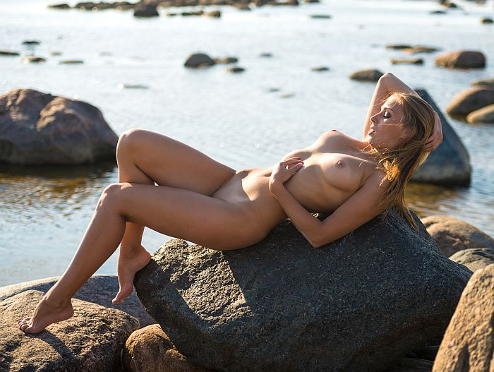 hot blonde naked on the beach waiting for you