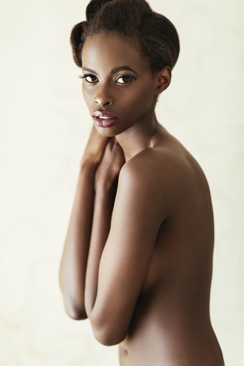 Gorgeous naked African woman