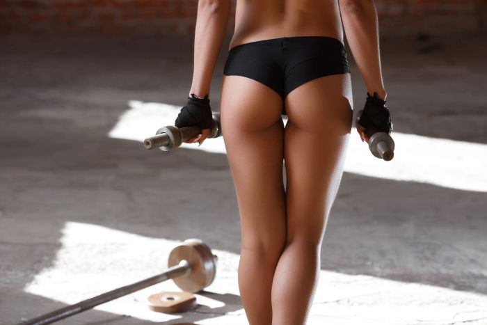 Sexy toned Ass in the gym