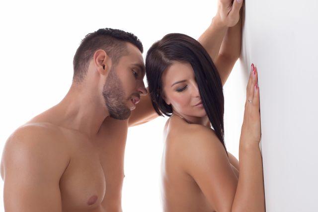 couple having a mutual masturbation moment