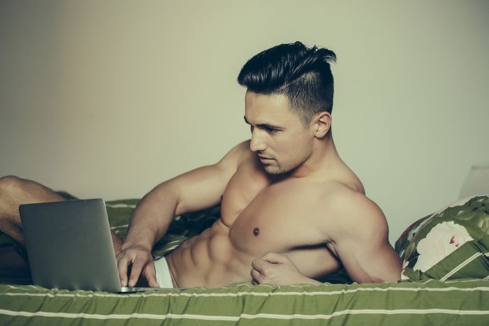 naked man making an online profile