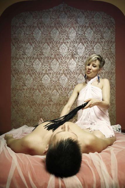 Tantra-Massage mit Feder
