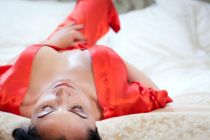 Brisbane Milf in her red dressing gown