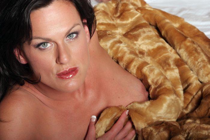 brunette naked milf in her blanket